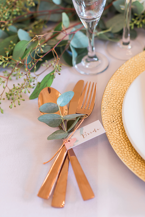 rose gold wedding decoration