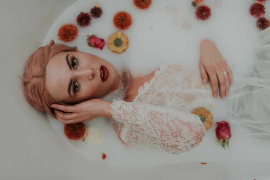 Rub a Dub Dub, Gorgeous Bride in a Tub! Fairytale Wedding Inspiration