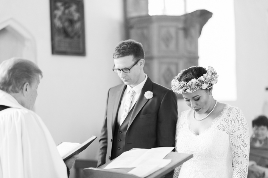 mersea-island-essex-wedding-photos-gemma-giorgio-photography-43
