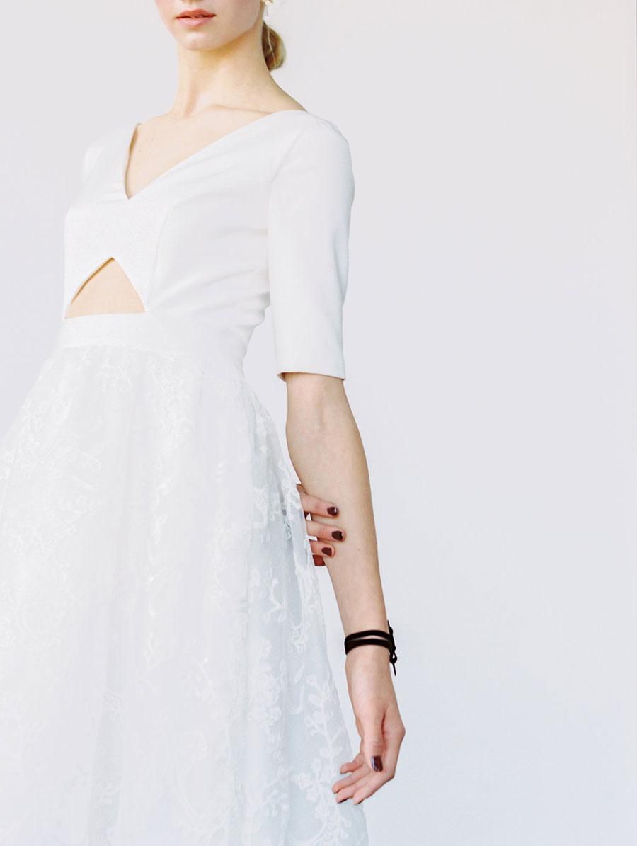 1046467-White-Canvas-2018-Collection-E003