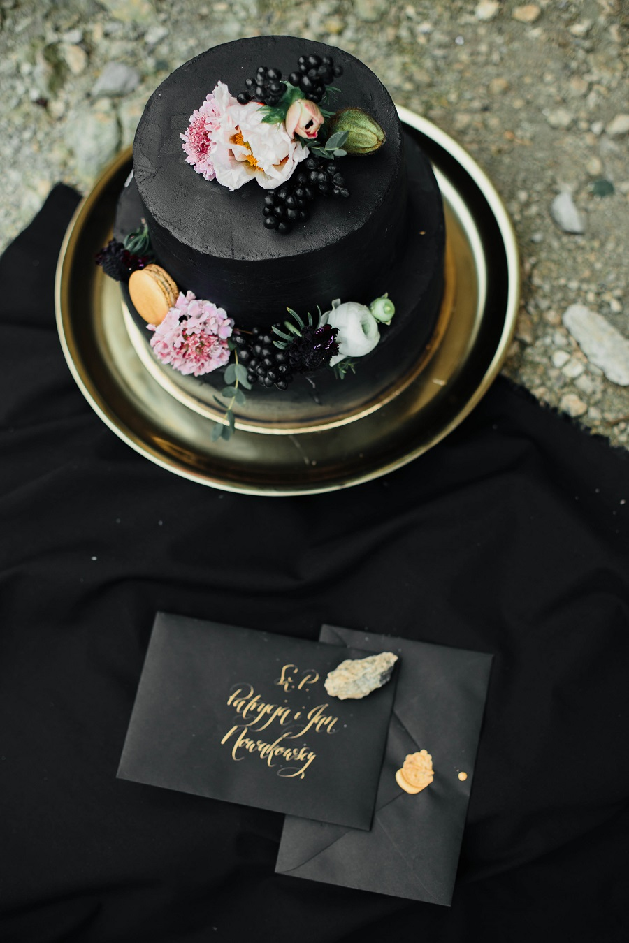 Black mood – wedding inspiration_Poland6