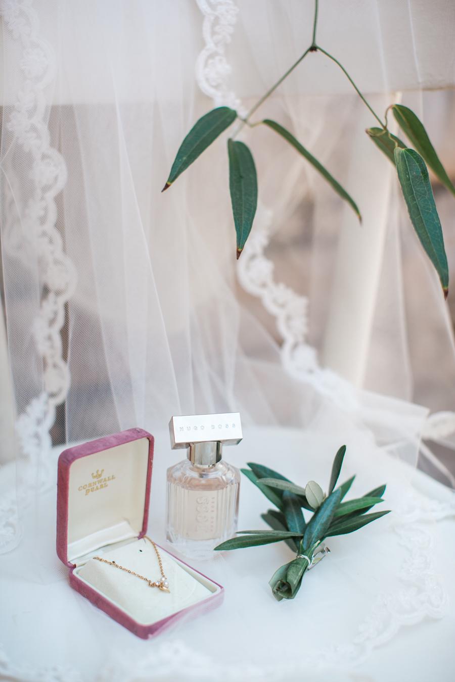 Natural & Beautiful Lake Garda Real Wedding: Emily & Shane - BridalPulse