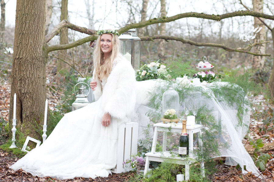 Scandinavian Inspired Bridal Editorial in Boho Woodlands