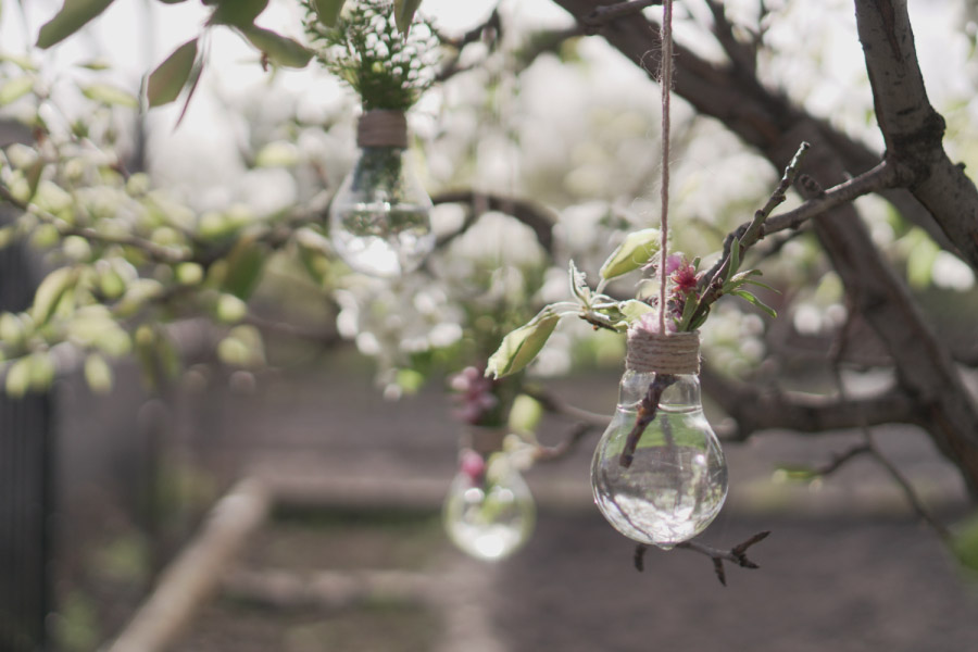 Wedding DIY: How to Create Your Own Hanging Lightbulb Vase!