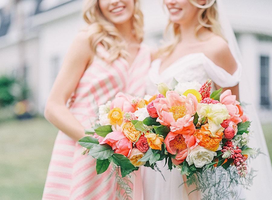 Dreamy Peonies & Ranunculus: Spring Wedding Inspiration!