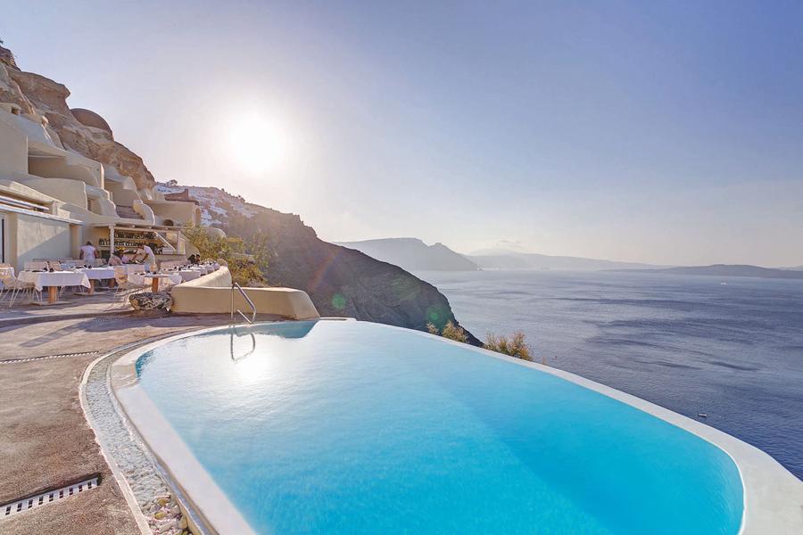 Santorini_mystique hotel_infinty pool
