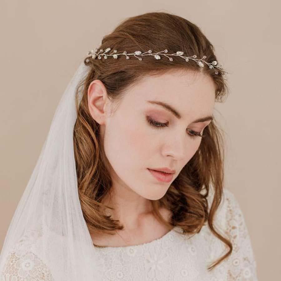 copy_of_crystal_wedding_hair_vine-_extra_long-_jaime_grande