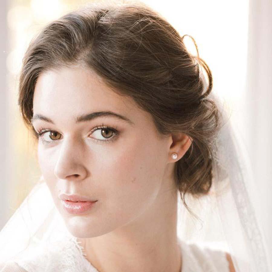 pearl-earrings-paige-britten-weddings-crop-_1_grande