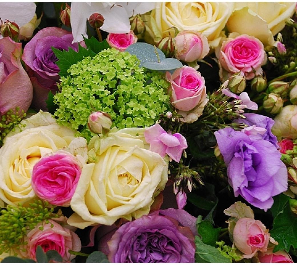 Wedding Flowers Meaning: UK Wedding Blog Want That Wedding: Wedding Inspiration