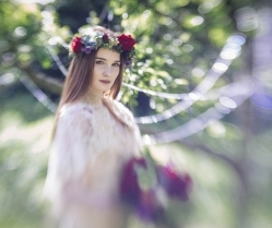 A Beautiful Sansa Stark Inspired Game Of Thrones Bridal Editorial!