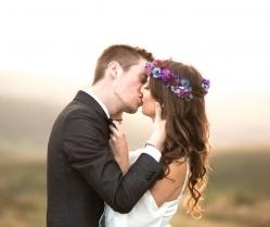 Beautiful Bohemian Yorkshire Moors Love Shoot at Golden Hour! Hannah & Dave