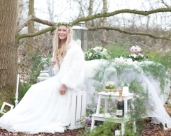 Scandinavian Inspired Bridal Editorial in Boho Woodlands