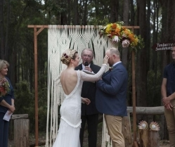 Earthy & Rustic Australian Bush Wedding & Rue De Seine Bride: Tom & Rachel