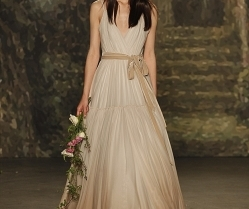 Wedding Dresses 2016 – Jenny Packham on the Runway!