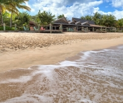 Weddings & Honeymoon's in Antigua: The Galley Bay Resort #bridalblogathon