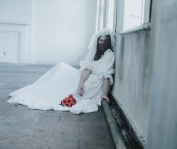 A Real Halloween Bride Horror Story: Rafaella's Ruin