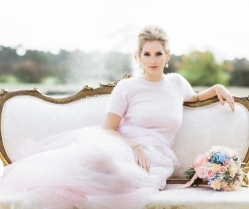 Parisian Chic! A Beautiful Rose Quartz & Serenity Styled Bridal Shoot