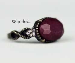WIN | Martine Wester | Agate Stone Chain Bracelet + Cocktail Ring