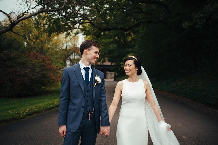 Candlelit Navy & Gold Real Wedding
